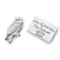 Official Harry Potter Hedwig & Letter Pin Badge HPPB1746