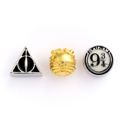 Official Harry Potter Set of Charms Deathly Hallows Golden Snitch & Platform 9 3/4 HP000002