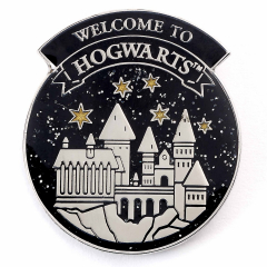Official Harry Potter Welcome To Hogwart's Pin Badge HPPB0179