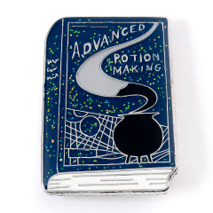 Official Harry Potter Advanced Potion Making Book Pin Badge HPPB0194